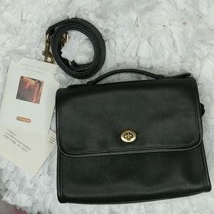 COACH Classic Court Bag in Black Leather GUC
